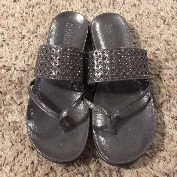 5615f4ae911 NWOT Kenneth Cole Reaction Sparkly Sandals